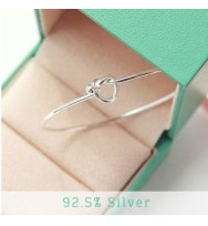 Twist Heart Bangle